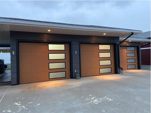 Bobs_Door_Service_Garage_Doors_Penticton_after_new1